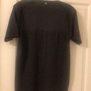 Nike Shirts - Black nike t shirt